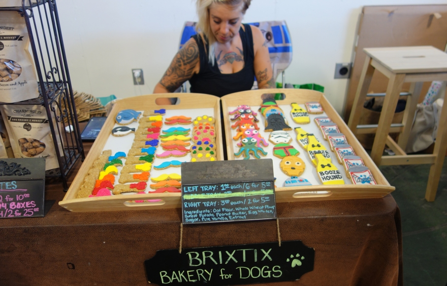 Brixtix Bakery for Dogs
